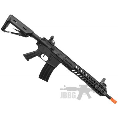 bulldog-airsoft-rifle-black-cqb-arena-practice