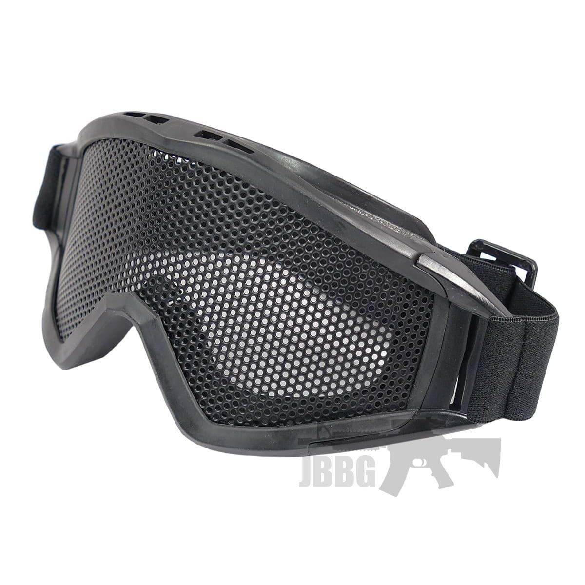 black goggles