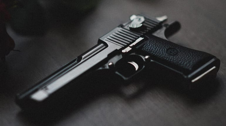 How do airsoft spring guns work?