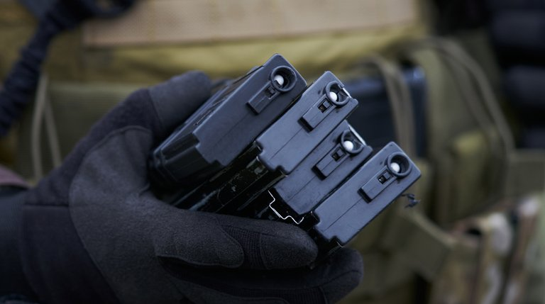 Mag Out! – the Importance of Spare Magazines in Airsoft